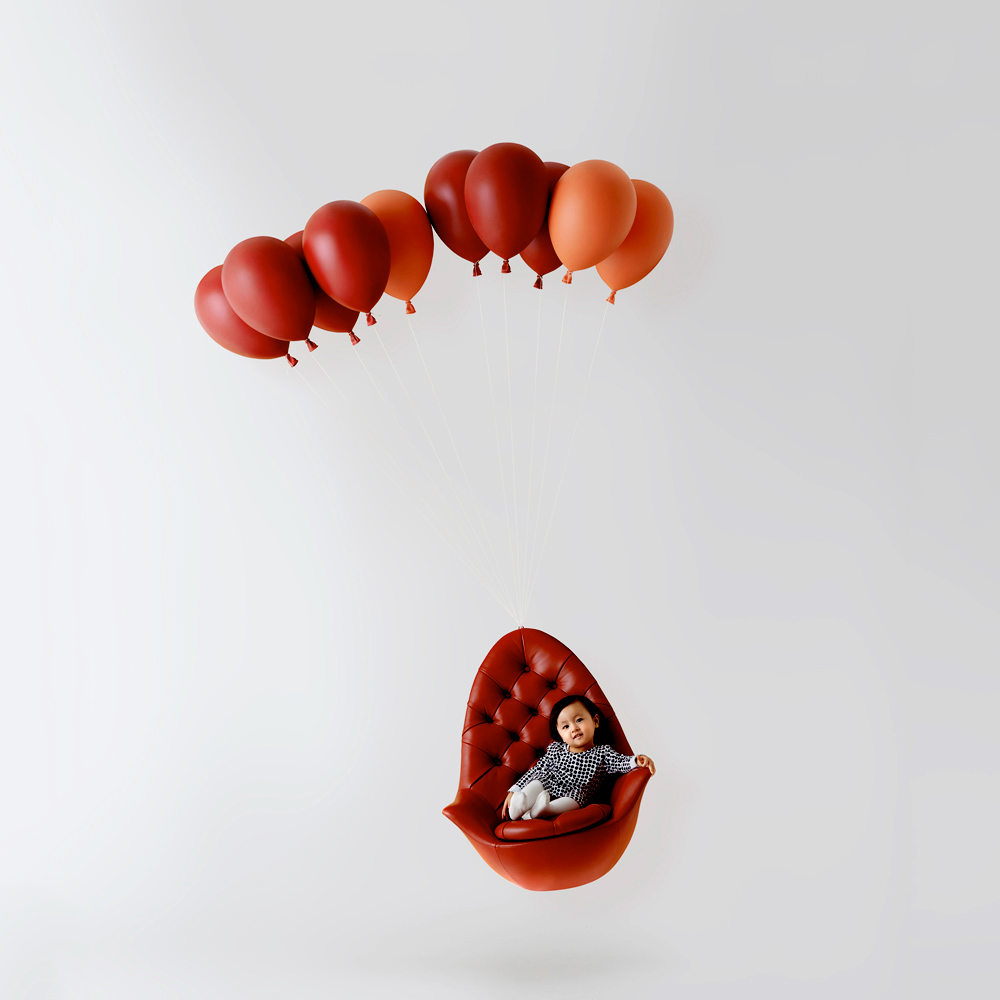 h220430 Balloon Chair