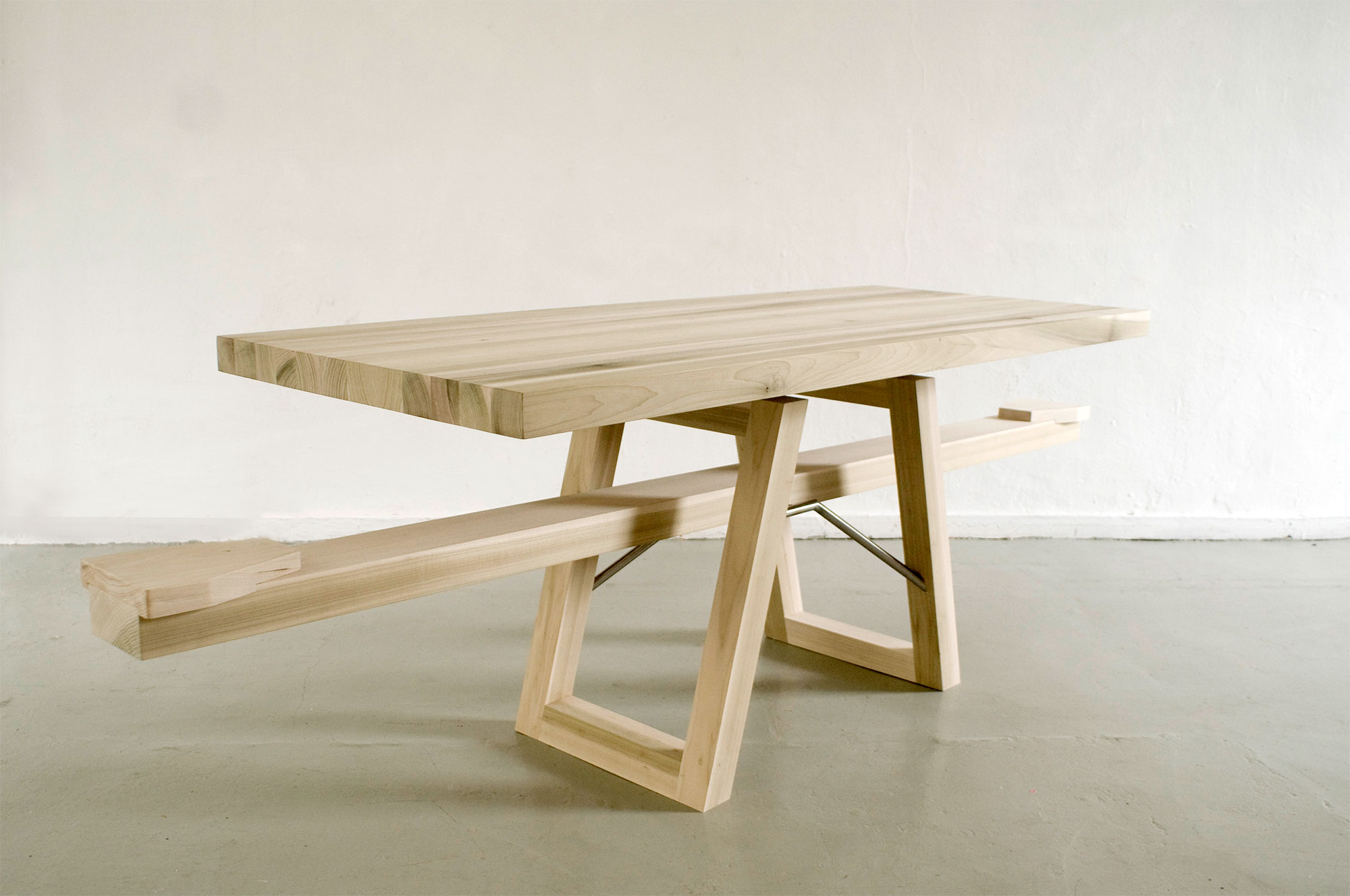 Marleen Jansen Seesaw Table