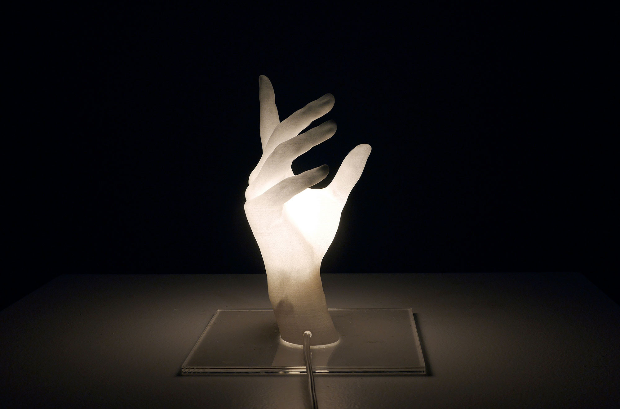 Ji Won Jun Hand Lamp
