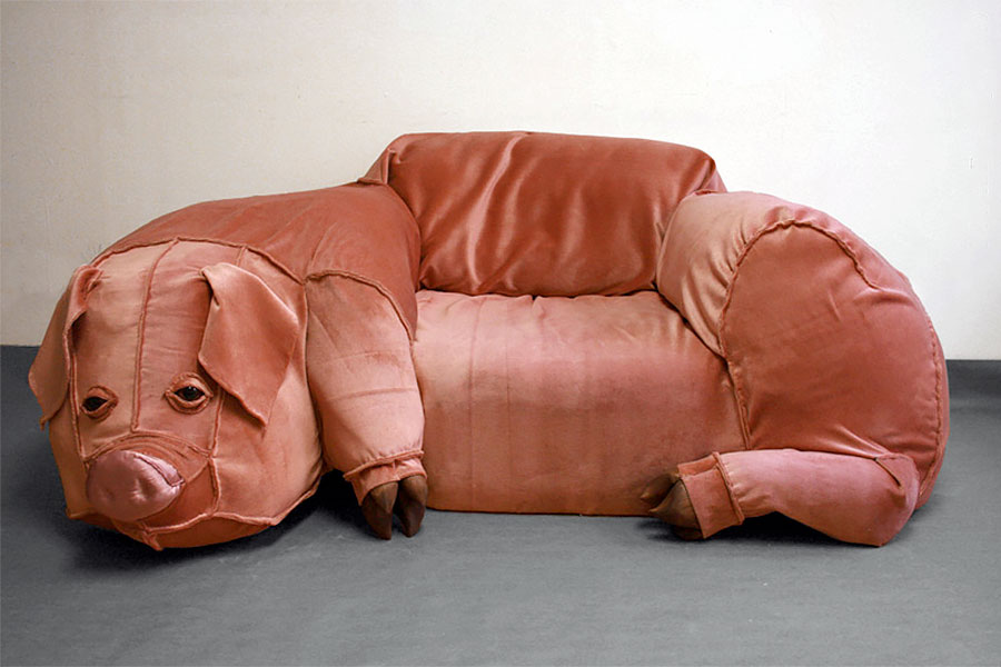 Odd Shaped Couches pigcouch.jpg