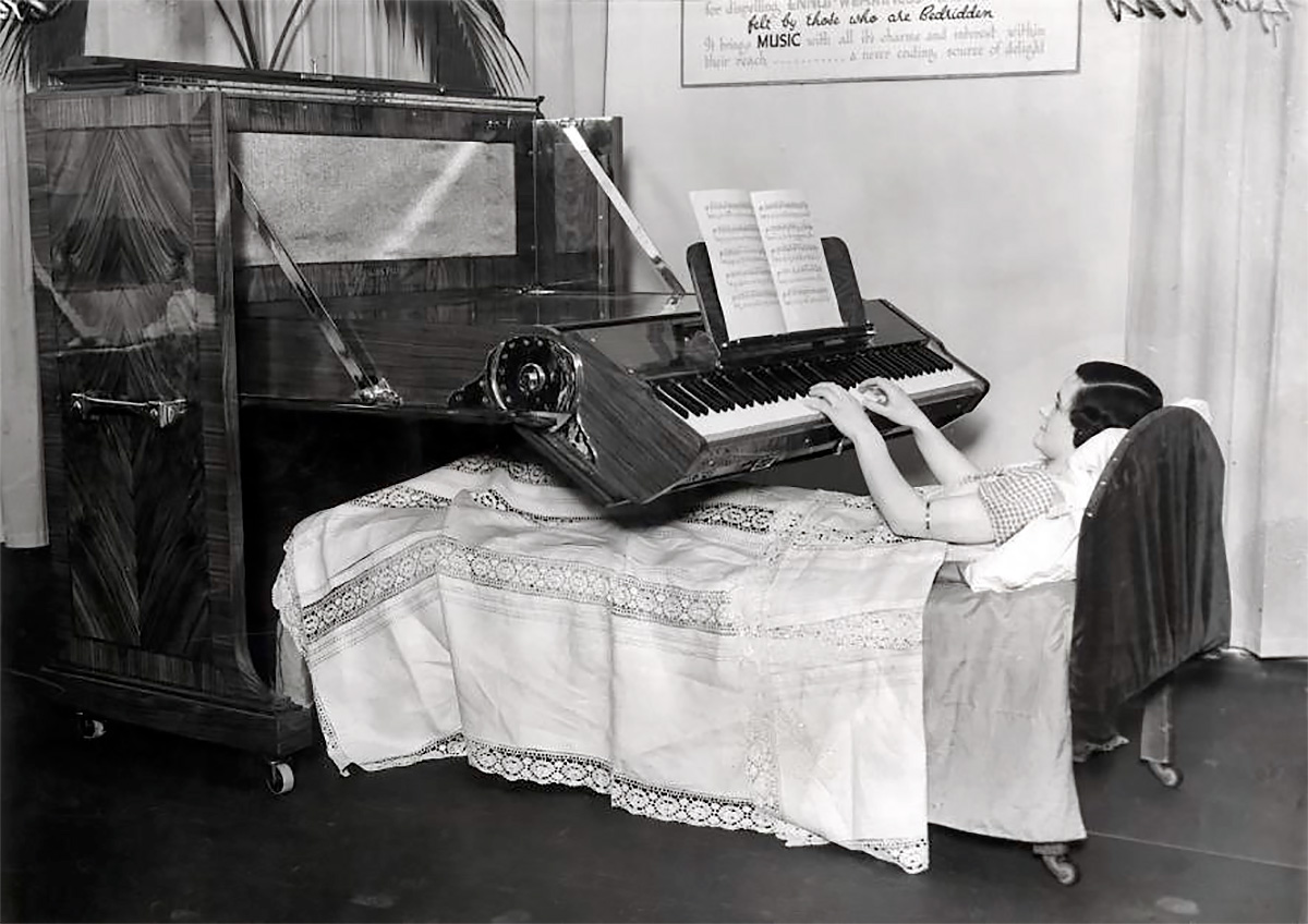 Bed Piano